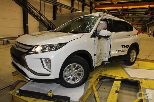 在EURO NCAP嚴苛的撞擊測試中,ECLIPSE CROSS扎實的車身鋼性與安全配備獲得最高規格的肯定。