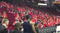 Dwight Howard Stranded With Rockets Fans as Storm Hits Houston