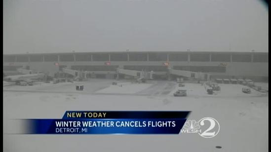 Snow slows holiday travel