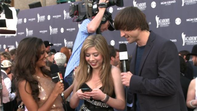 ACM Awards 2011- Jennette McCurdy Red Carpet Interview