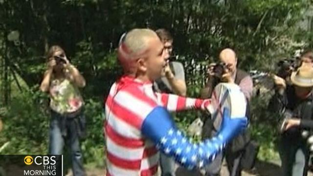 Colo. man wins England's cheese rolling competition