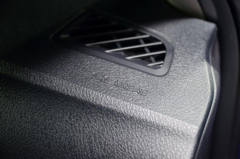 豪華型車款將安全氣囊數量增列至7具水準,提供全車乘員更為全面的防護