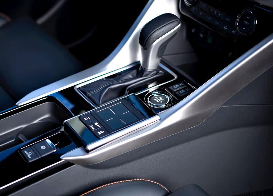 「小型」跨界休旅「激戰」時代,據傳「全新」Mitsubishi Eclipse Cross將可望在2018年以「國產」形式現身!