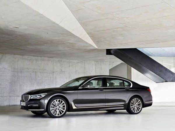 BMW 7系列小改款2018年中公布,動力性能奢華皆升級挑戰S-Class銷