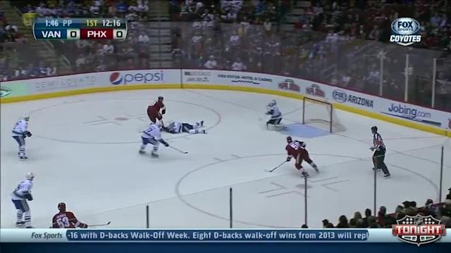 Vancouver Canucks at Phoenix Coyotes - 01/16/2014