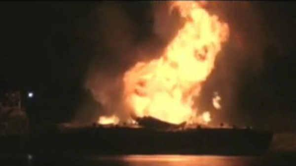 Raw video of Alabama barge explosion