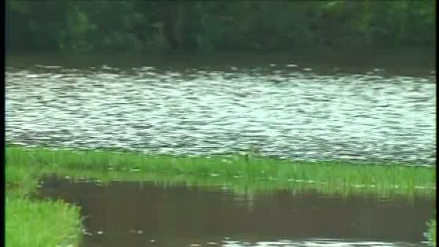 Pasco residents frustrated with flood waters