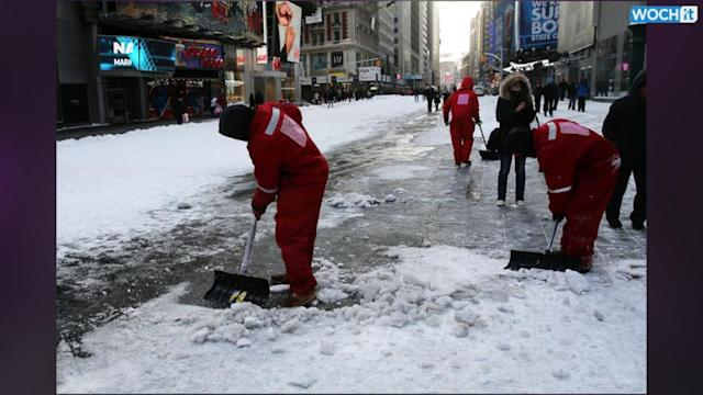 Snowstorm An Early Test For New York City's New Mayor
