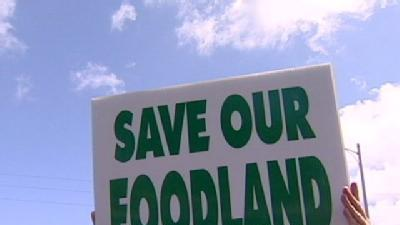Hawaii Kai Residents Rally To Save Local Supermarket