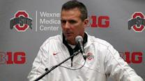 Buckeyes stay unbeaten with rout of Illini