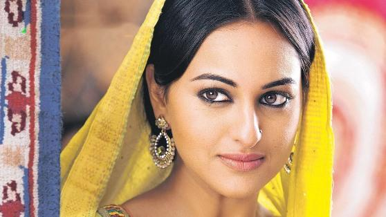 Without skin show Sonakshi wins Bollywood?