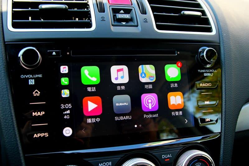 中控主機系統有中文化介面,並且提供Apple Car Play及Android Auto功能,但要先至Apple Store或Goole Play下載「Subaru」APP程式。
