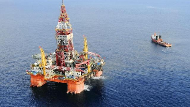 To Drill or Not? Oil Firms Edgy in South China Sea