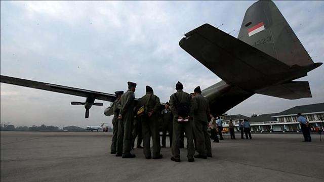 Indonesian military mobilises aid deliveries