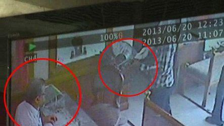 Caught on Cam: Jeweller shot by unidentified man
