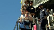 Foreign nationals arrive in Greece from Libya