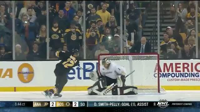 Jarome Iginla goes top-shelf in shootout