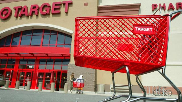 Why Is Keeping a Retail CEO So Hard?