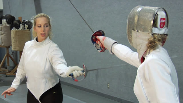 Fencing tips: Sweeping hit to the chest with Mariel Zagunis