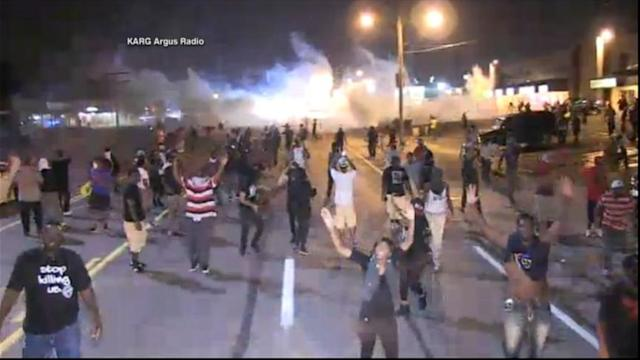 Ferguson Curfew Leads to Confrontations Between Protesters, Police