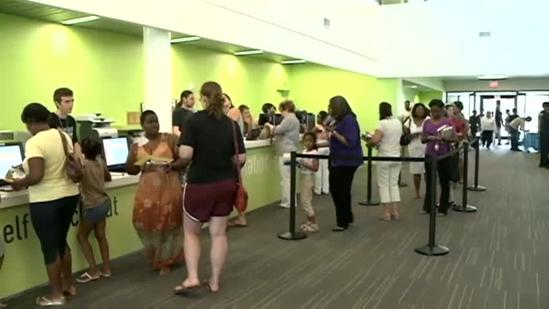 Algiers Regional Library Reopens