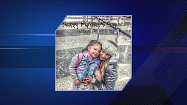 5-year-old girl, mother shot in Little Village