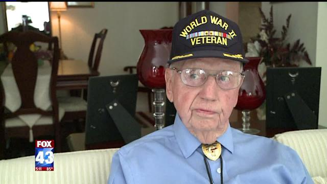 WWII Veteran Surprised by Generous Strangers