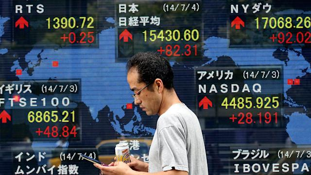 Markets Perk Up as Dealmaking Diverts Attention From Eurozone Weakness
