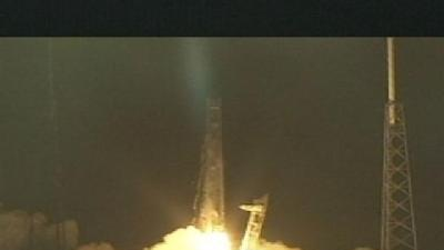 SpaceX Dragon Prepares To Dock With ISS