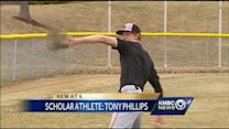 Twins honored with Hy-Vee Scholar-Athlete award