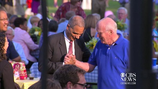 Holder mingles at Congressional picnic before contempt vote