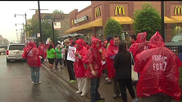 San Diego Fast Food Workers Strike Over Pay