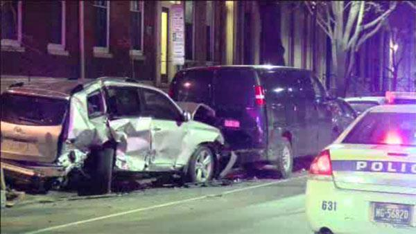 Drunk driving suspected in Center City crash, 3 hurt