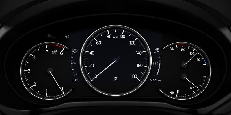 Android Auto與Apple Carplay連接功能,及數位儀表都是CX-5配備項目。