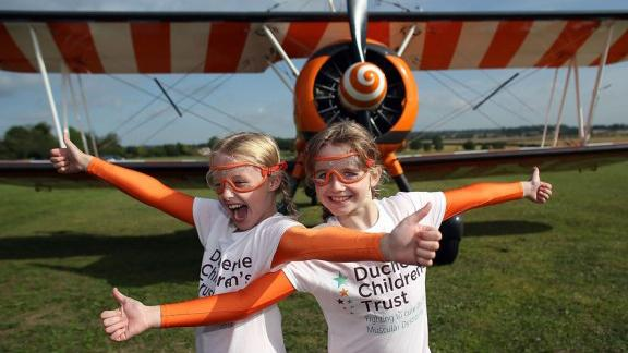 9 Year-Old Girls Wing Walk On Airplanes