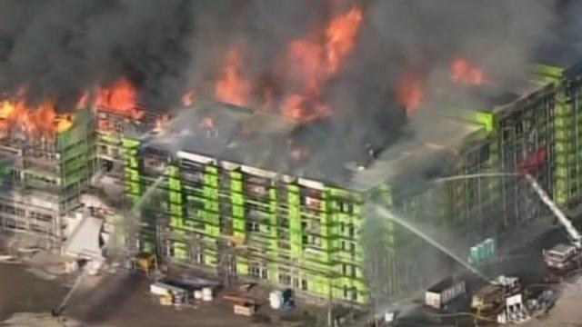 Huge Fire Burns San Francisco Building