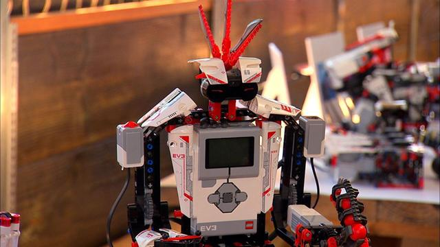 Tech companies try to out-build, out-program each other with Legos