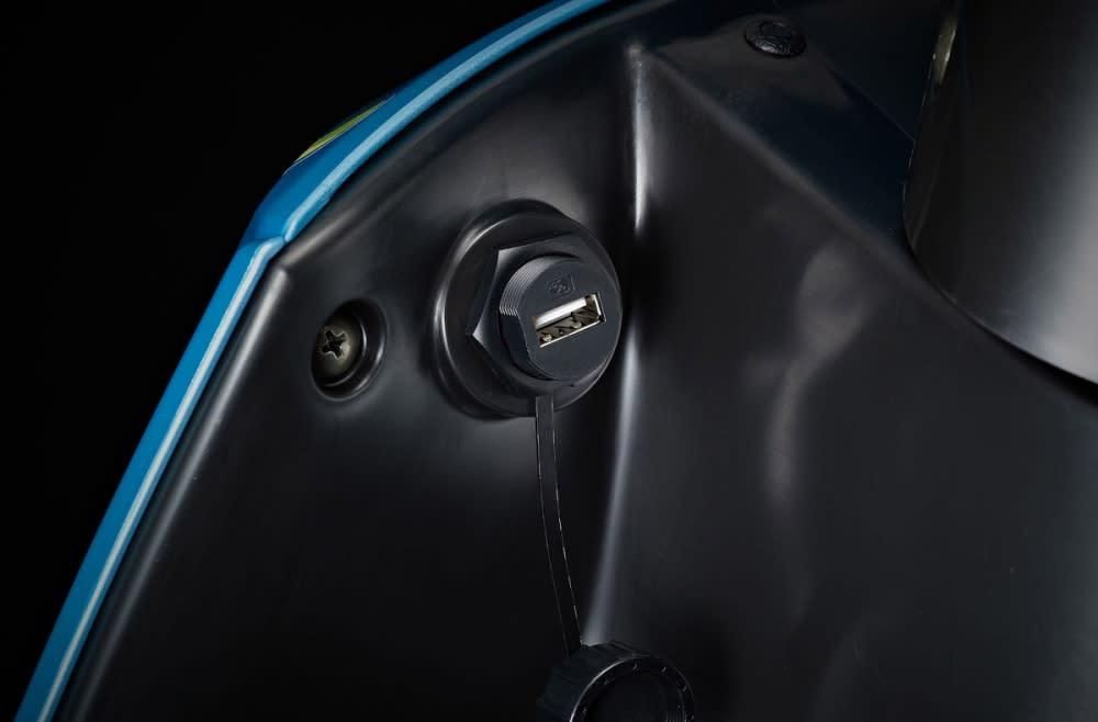 【智能雙輪特企】騎車有「充」動!白牌速克達USB標配大閱兵