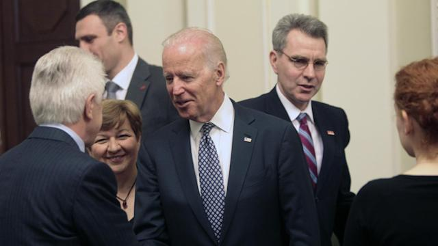 Biden Brings Message of Unity to Ukraine
