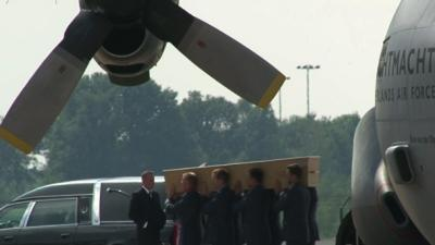 Raw: Planes With MH17 Victims Land in Eindhoven