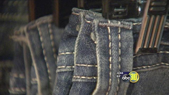 Blue jean bandits hit Eye Candy Fashion Boutique in Madera