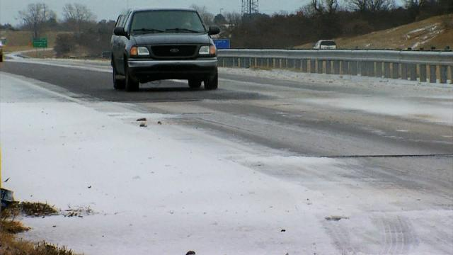 Crippling ice storm stretches from Texas to Tenn.