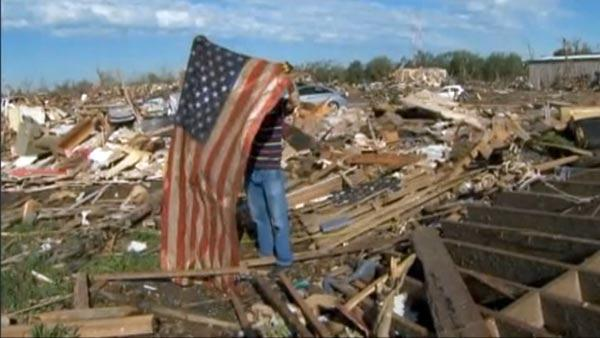 Thunderstorms slow Oklahoma tornado cleanup