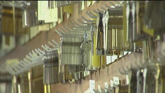 Phony locksmiths get attention from local lawmakers