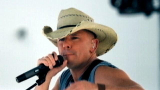 Kenny Chesney on Music, Love and Fame!