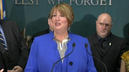 Dunderdale to step down