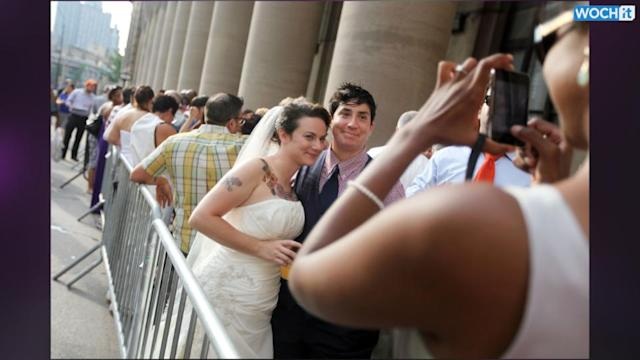 Arkansas Issues Same-sex Marriage Licenses