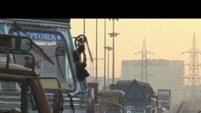 Incomplete infrastructure chokes India's growth