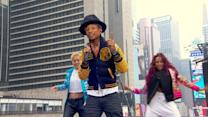 Pharrell Williams Sings 'Happy' in Times Square