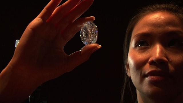 Sotheby's to sell greatest white diamond in auction